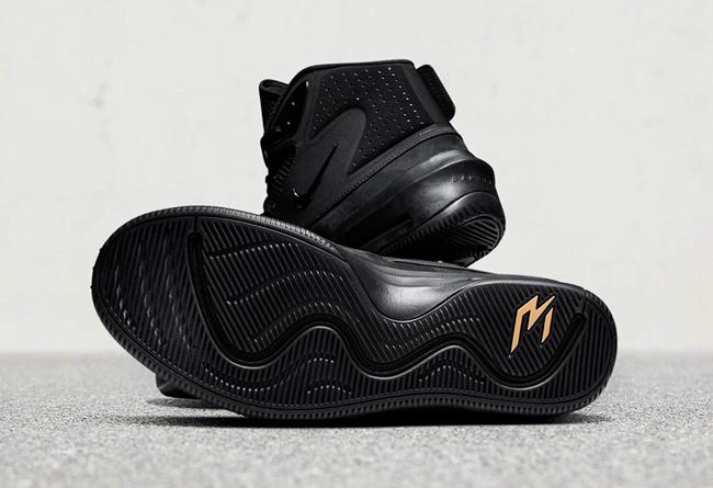 Nike,Dangeruss Wilson 1,发售  粗狂线条暴力美学!橄榄球员签名球鞋 Nike Dangeruss Wilson 1