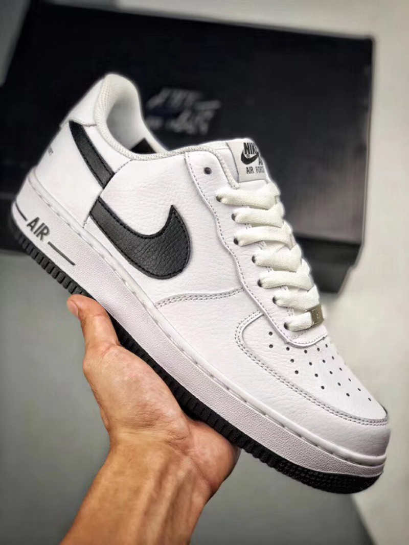 Supreme,CDG,Nike,发售  断钩 AF1 曝出白色版本!Supreme x CDG x Nike 联名 11 月发售