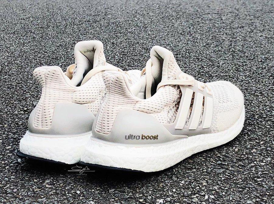 adidas,Ultra Boost 1.0  初代 Ultra Boost 复刻实物疑似曝光!奶油配色将于明年发售