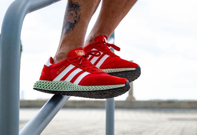 adidas,4D,Never Made,上脚  4D 鞋底首次搭载复古鞋面!来看看上脚效果如何!