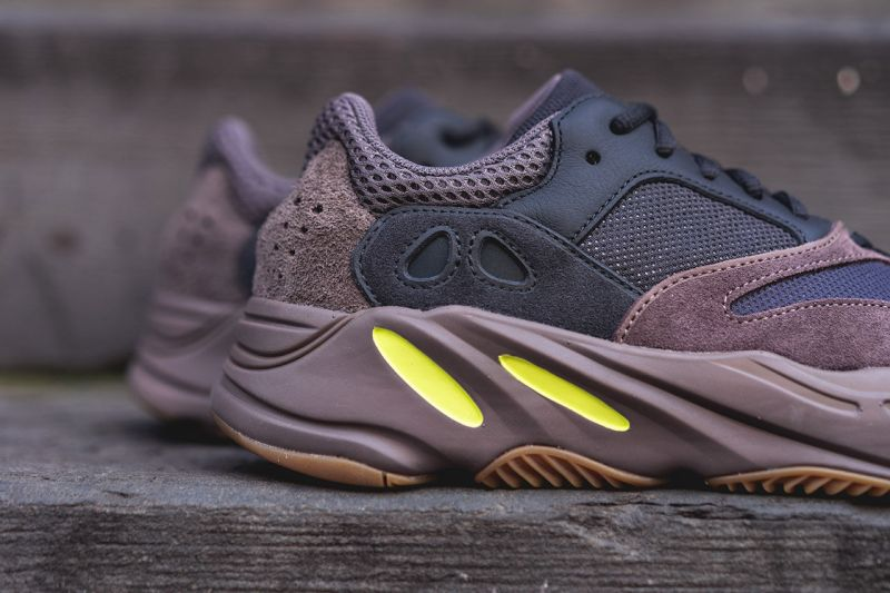AJ1,adidas,Yeezy,Air Jordan 1  年底最想要的十双新鞋!Yeezy 完胜 AJ1,第一名毫无悬念!