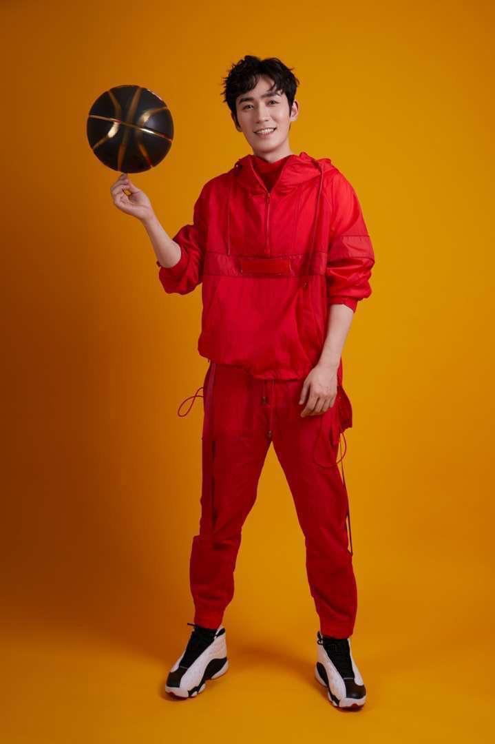 明星,上脚,欧阳娜娜  虽然乔杉带货 Air Jorshan 1,但这几位国内明星才是球鞋真爱粉!