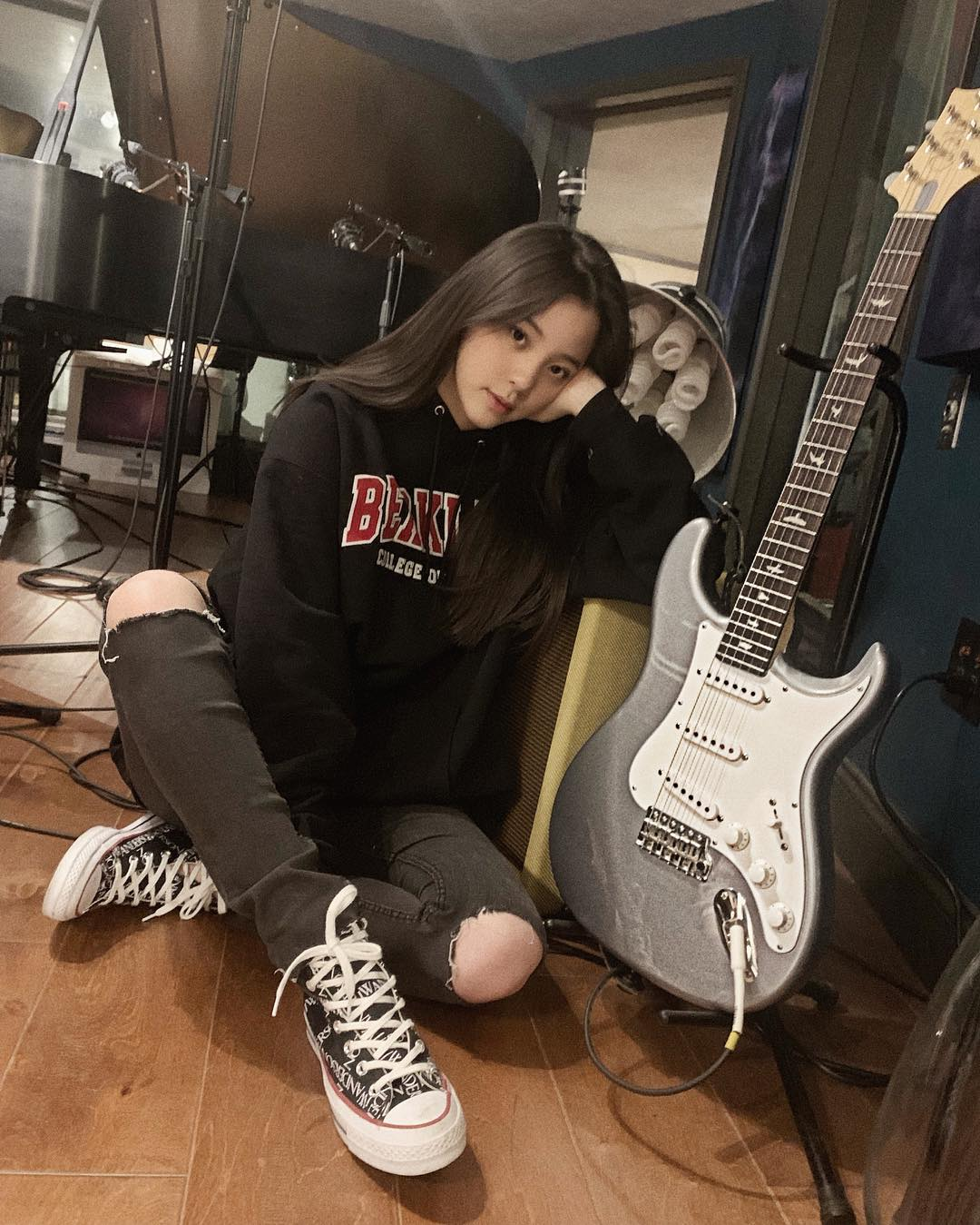 Converse,张艺兴,欧阳娜娜 欧阳娜娜晒匡威新鞋,明早还有「重磅联名」发售!