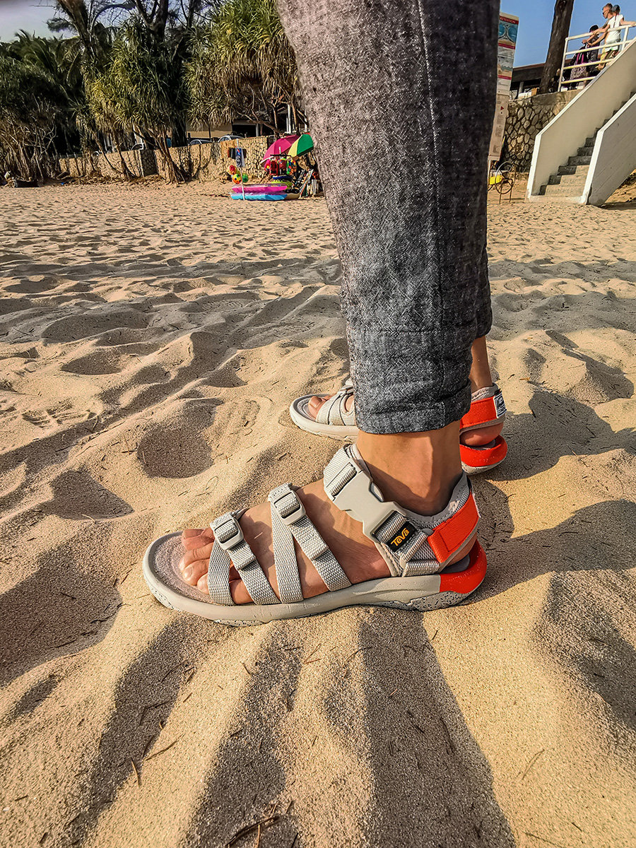 Teva,Herschel Supply  天气热起来「穿什么鞋最舒服」?小编已经给你选好了!