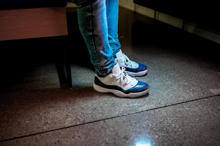Air Jordan 11 Low,AJ11,发售,CD68  今年首个低帮配色!蓝蛇 Air Jordan 11 Low 上脚图来了!
