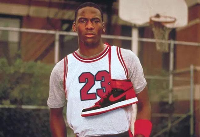 发售,Nike,Air jordan 1,Bred,5550  传闻黑红 Air Jordan 1 年底复刻!是不是有点心动了?