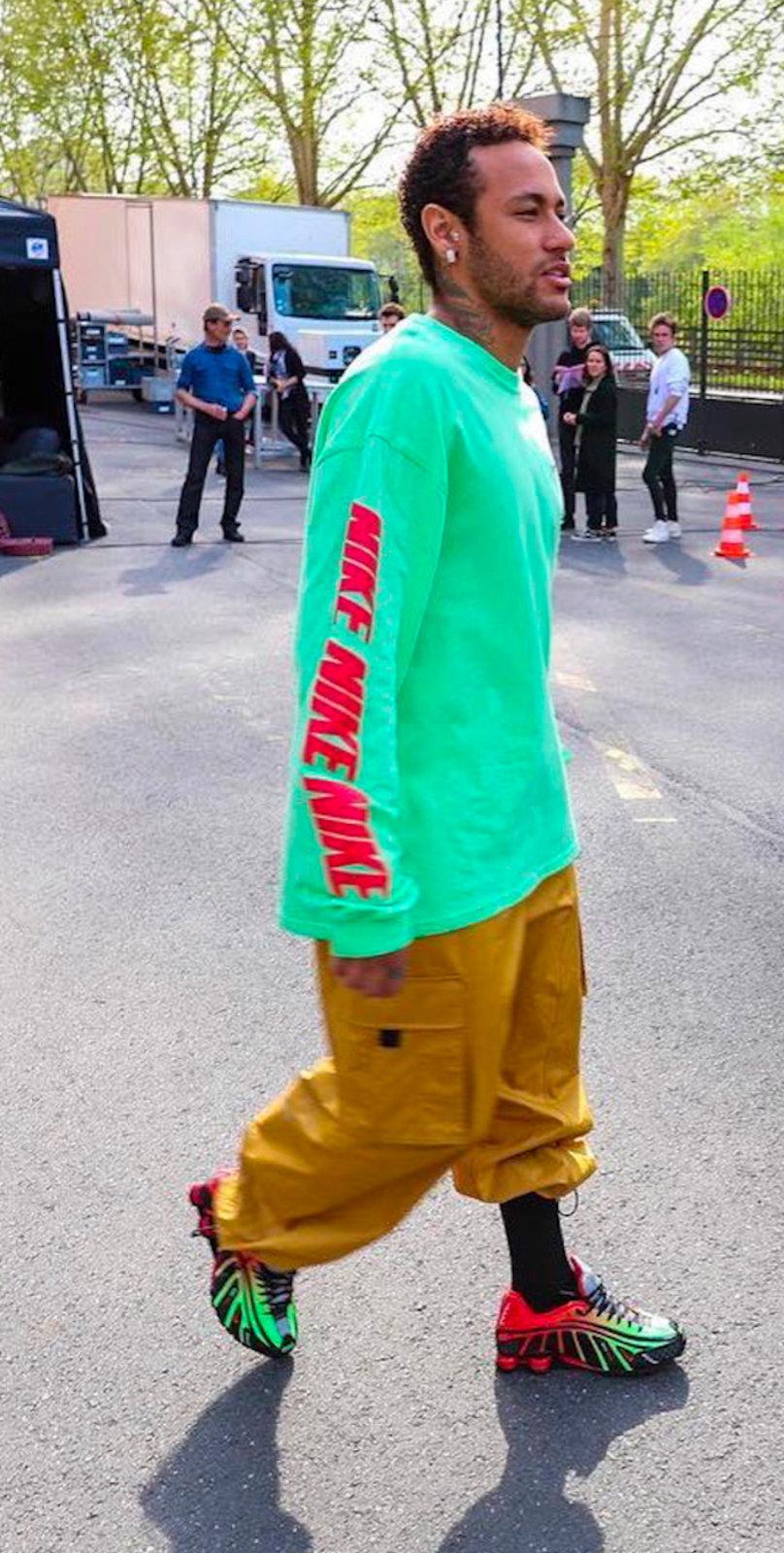 Shox R4,Shox,Nike  内马尔亲晒!全新 Neymar x Nike 联名鞋首次曝光!