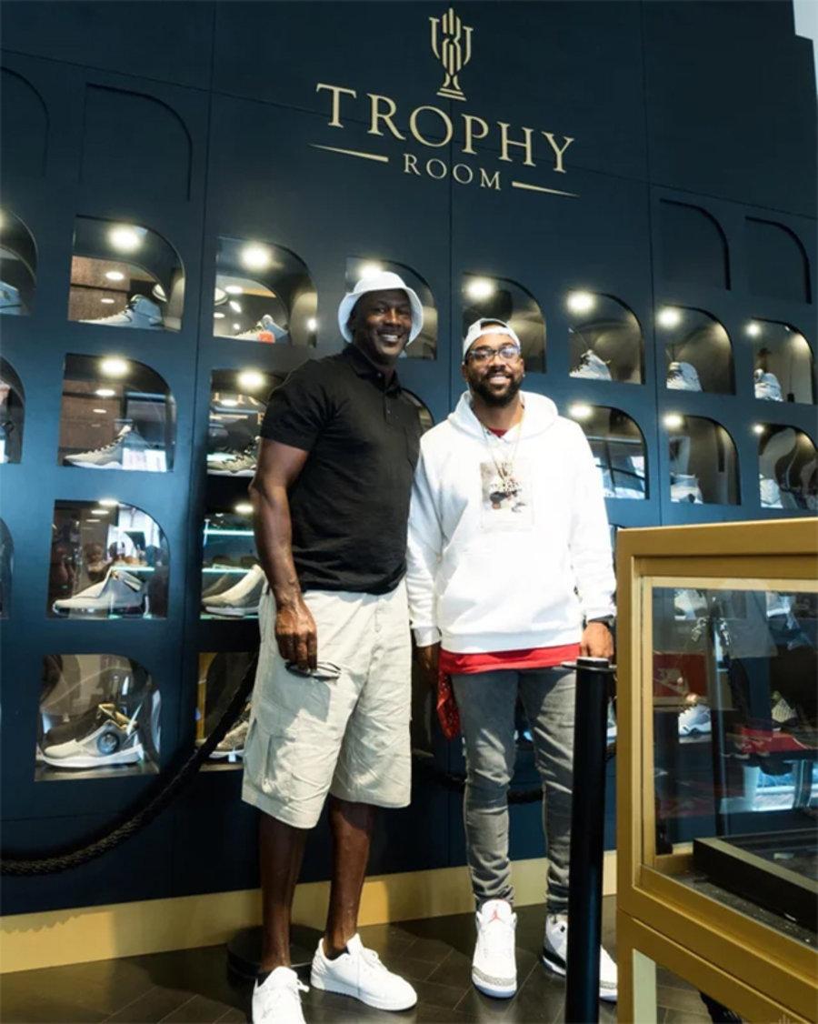 Trophy Room,AJ,Air Jordan 5,JS  「鞋王塔克」又晒狠货!率先上脚 Trophy Room x AJ5 亲友限定
