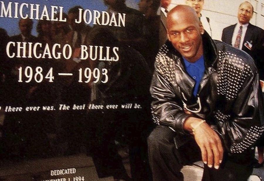Supreme,Air Jordan 14,AJ14,明星  灵感来自乔帮主皮衣?Supreme x Air Jordan 14 恐怕大有来头!