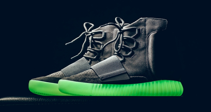 adidas,yeezy,发售  预售价格破 ¥2500!夜光 Yeezy 350 V2 本月底发售