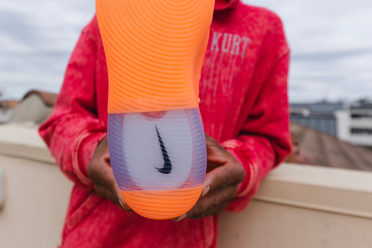 Fear of God,Nike,发售  年度流行色加持!全新配色 Air Fear of God 1 首度曝光!