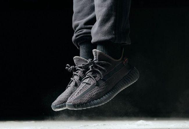 adidas,Yeezy 350 V2,发售  5、6 月竟有这么多 Yeezy 要抢!你的钱包还顶得住吗?