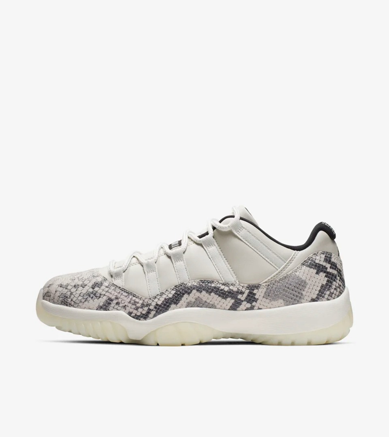adidas,Yeezy,350 Boost V2,Nike  快定好闹钟!三双重磅鞋款名明早发售!入手链接在此