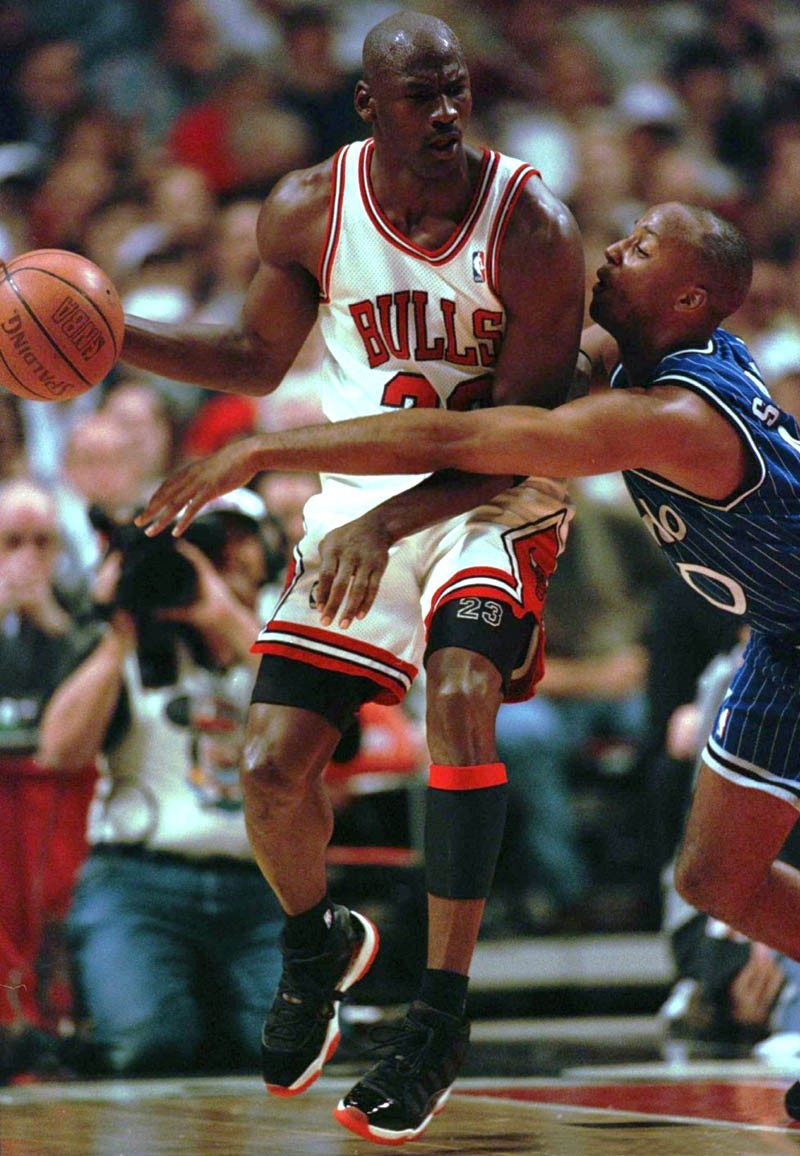 Air Jordan 11,AJ11,发售,378037-0  小漆皮 + 23 号后跟!全新黑红 Air Jordan 11 细节抢先看!