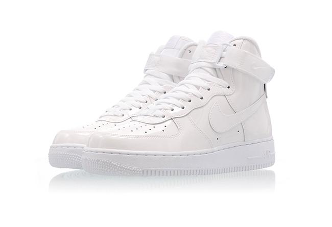 Nike,Air Force 1,AF1,发售,743546  经典跳投剪影 Logo!华莱士系列 Air Force 1 High 下周发售