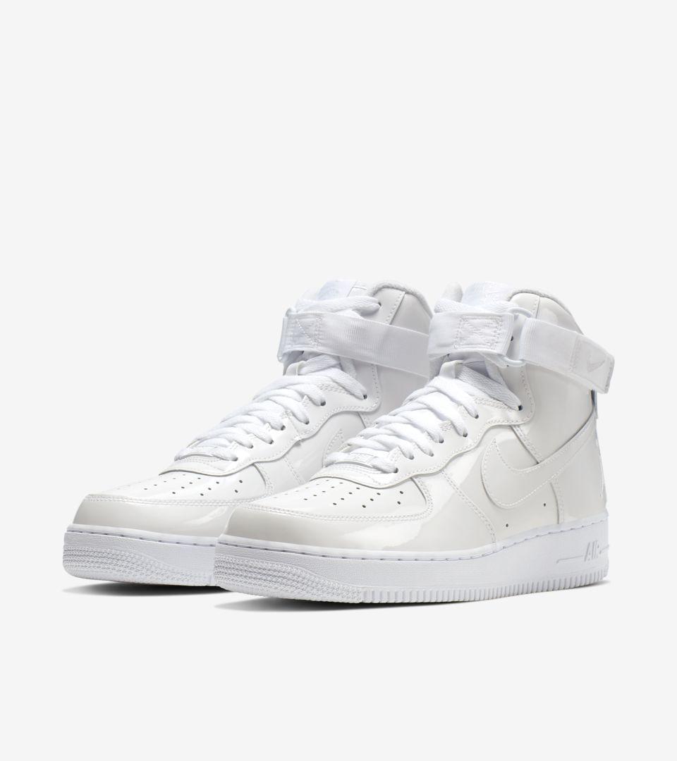 Nike,Air Force 1,发售,743546-107  记忆中的跳投身影!「怒吼天尊」Air Force 1 明早发售!