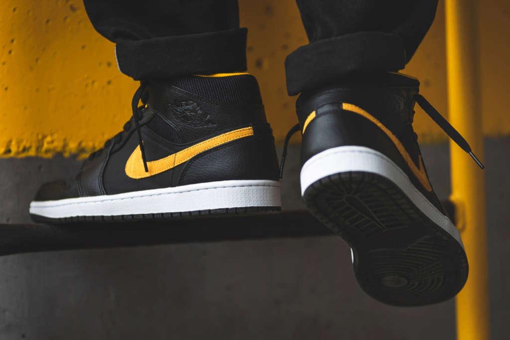 AJ1,Air Jordan 1,Air Jordan 1  黑黄 Air Jordan 1 Mid 上脚来了!质感颜值都不错!