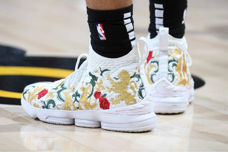 Nike,adidas,New Balance,LeBron  詹姆斯、浓眉一同现身球场,「NBA 夏季联赛」球鞋上脚精选!
