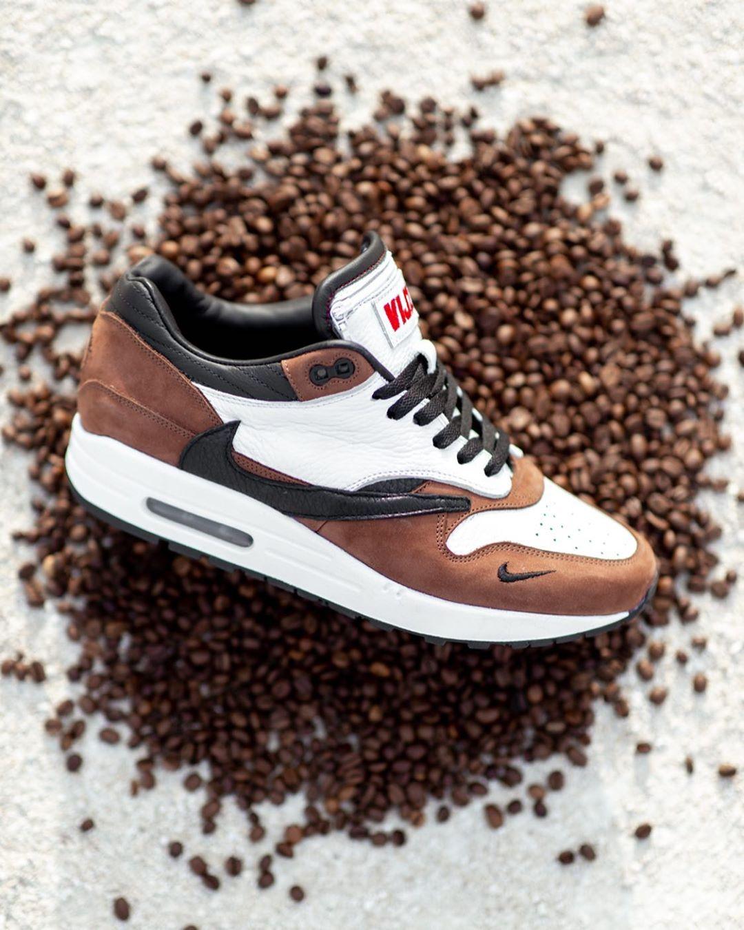 Nike,Air Max 1,Travis Scott,VI  不一样的「反钩 Air Max 1」来了!鞋舌口袋别具匠心!