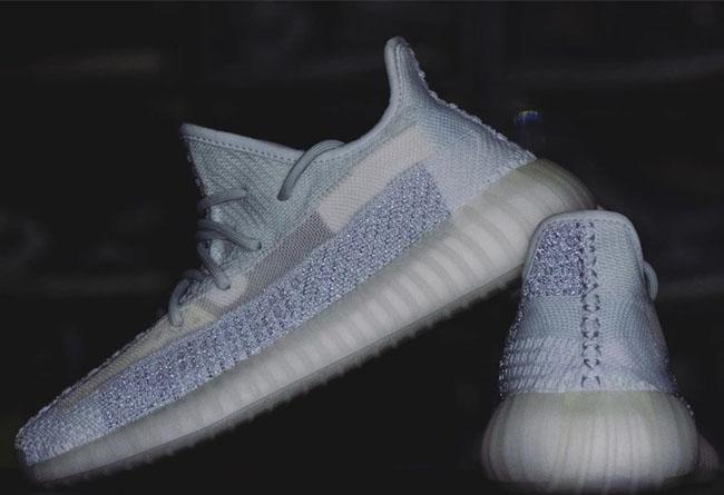 adidas,满天星,Yeezy Boost 350 V2,  满天星版本首次曝光!Yeezy「冰蓝 2.0」也是拼接鞋面!