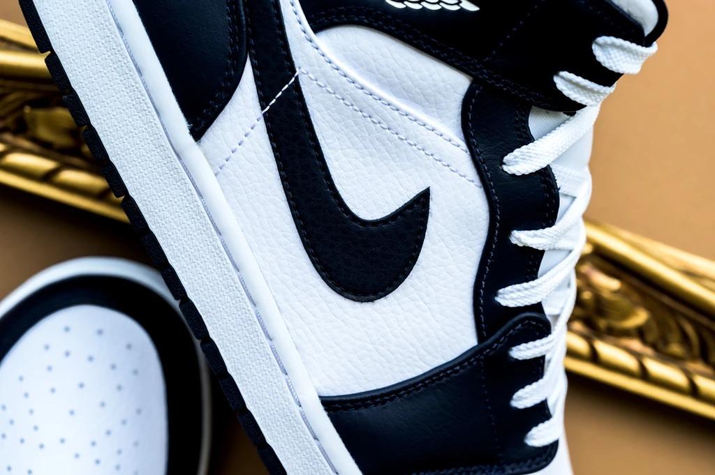 Nike,Jordan brand,Air Jordan 1  黑曜石 Air Jordan 1 Mid 现已发售!看完这组美图更想冲!