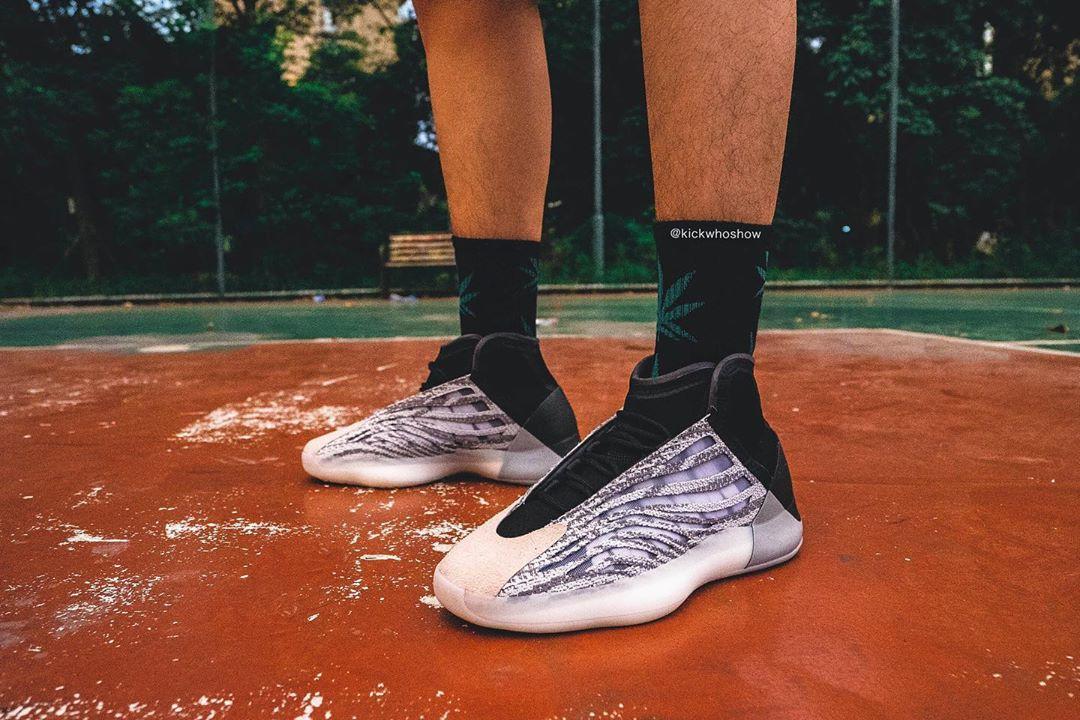 adidas,Yeezy,篮球鞋,上脚  别等了,Yeezy 篮球鞋明年才会发售!看完上脚图真香!
