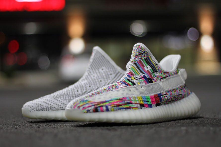 Yeezy 350 V2,adidas,kanye,发售 看完怎么有点晕?这双「无信号」Yeezy 350 V2 你打几分?
