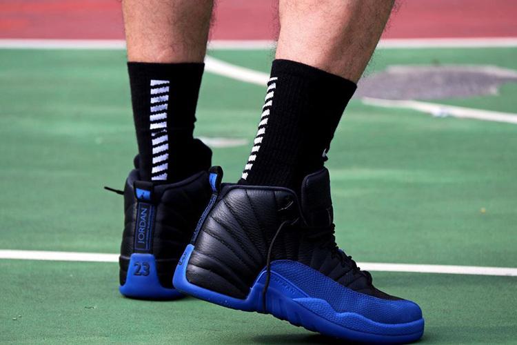 Air Jordan 12,AJ12,130690-014,  颜值与质感兼具!最新黑蓝 Air Jrodan 12 上脚图来了!