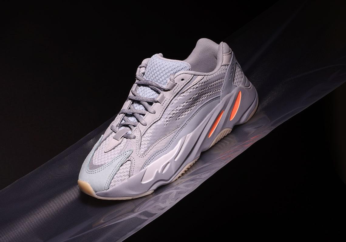 adidas,Yeezy Boost 700 V2,发售  国内或将延期发售?惯性 Yeezy Boost 700 V2 最新美图欣赏