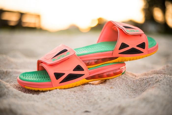 Air Max Canden Slide,Nike,Air  大气垫拖鞋回归!这款 Nike 新品经典又霸气!