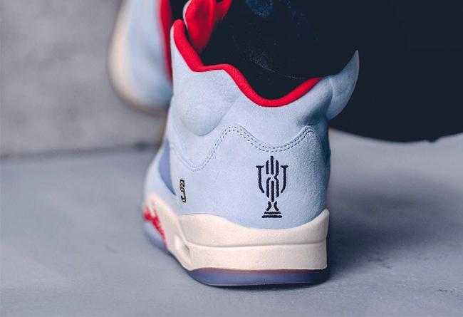 AJ5,Air Jordan 5,Nike,OFF-WHIT  天价冰蓝 AJ5 不算有排面!最火的球鞋联名你真懂吗?