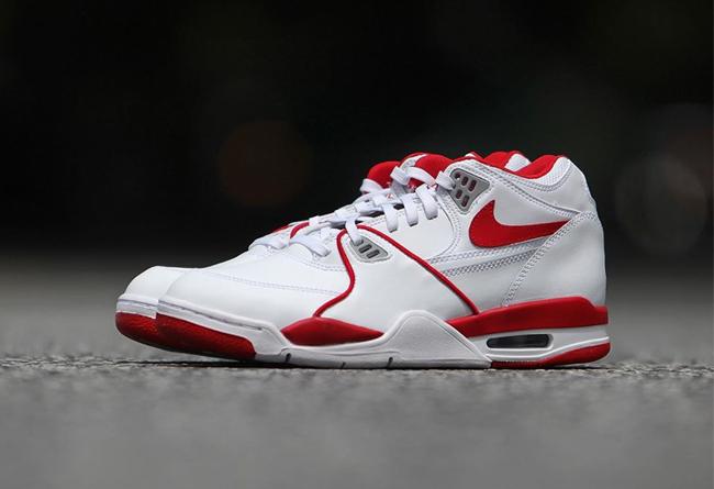 Nike,Air Flight 89,819665-100,  经典元年配色回归!白红 Air Flight 89 将于近日发售