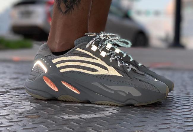 adidas,Yeezy,发售  国内外再次发售跳票!惯性 Yeezy Boost 700 V2 最新美图欣赏