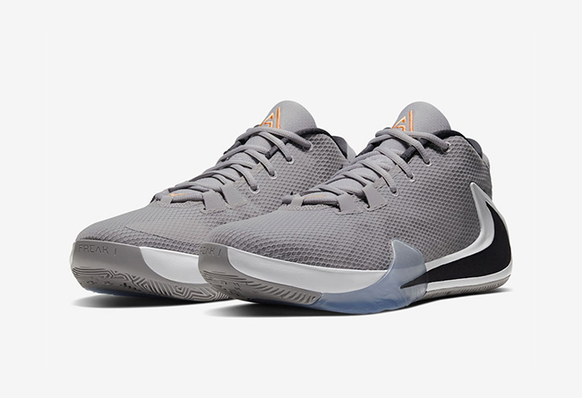 Zoom Freak 1,Nike,BQ5422-002  字母哥战靴 Zoom Freak 1 新配色登场!预计 11 月发售!