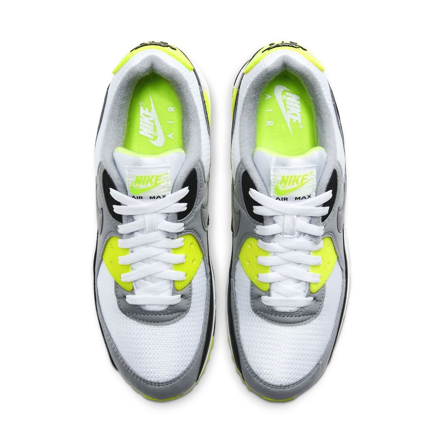 Air Max 90,Nike 曾经单换小汽车的 OG 配色!这双 Air Max 90 很有代表性!