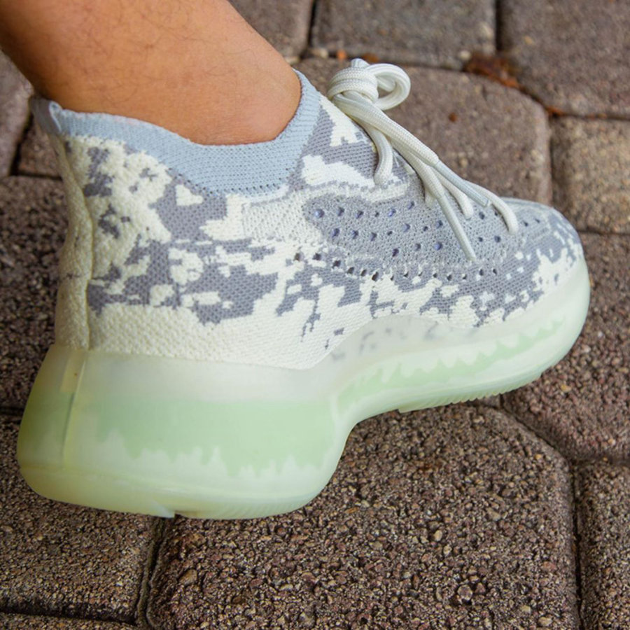 adidas,Yeezy Boost 380,Alien,F 把 Alien 穿在脚上!Yeezy Boost 380 下月即将发售!
