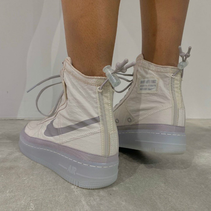 Nike,AF1,Air Force 1 Shell WMN 轻薄鞋身 + 个性锁扣!这两款 Air Force 1 Shell 有点心动!