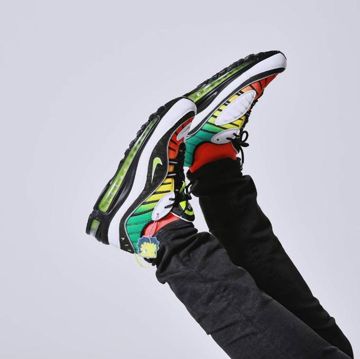 Olivia,Kim,由美国,时尚,百货公司,Nordstr 下周发售!Nike 这波「联名大招」上脚效果曝光,还暗藏俏皮惊喜