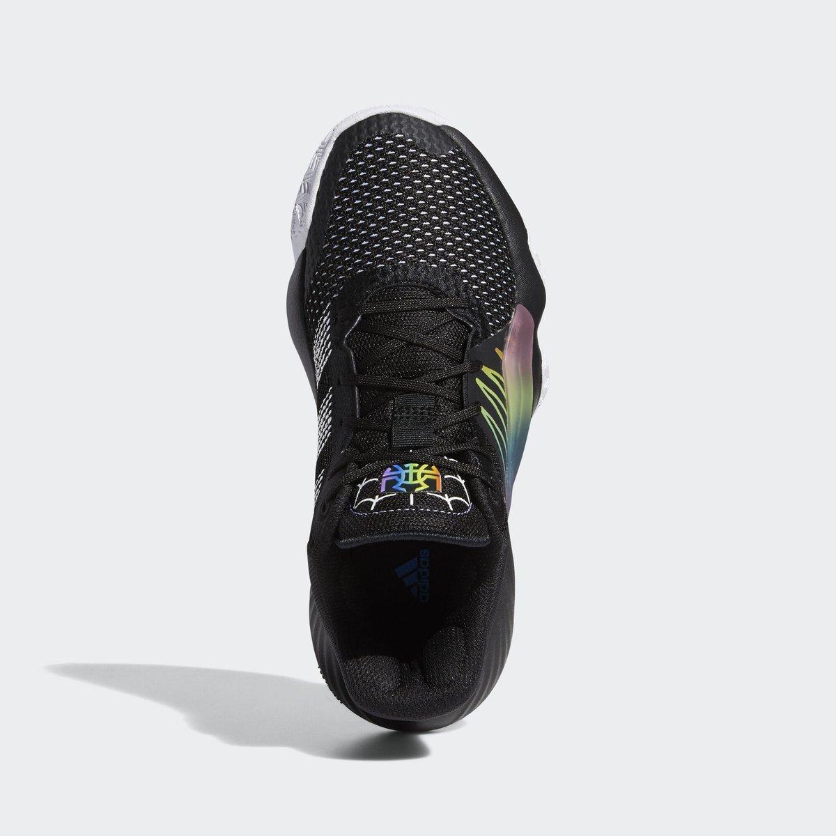 adidas,D.O.N. Issue #1,发售 渐变线条点缀!米切尔战靴 D.O.N. Issue #1 又有新配色!