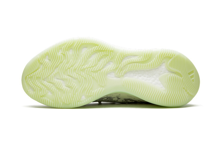 adidas,yeezy 380,发售 adidas 高管亲晒 Yeezy 380 实物!暗示即将发售!