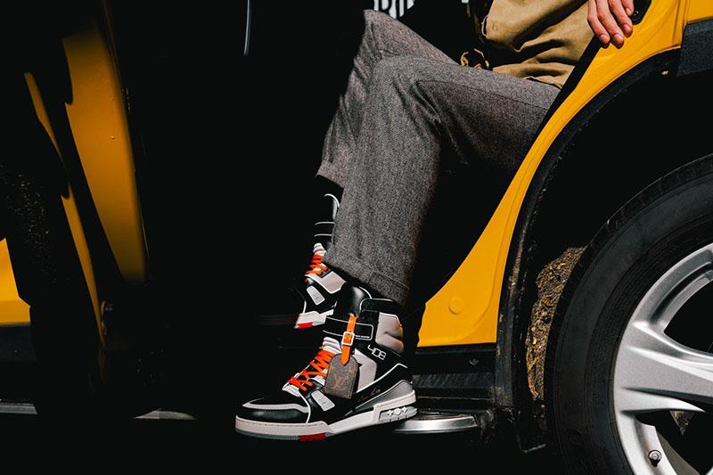 LV,408 Trainer LV 最新球鞋上脚图来了!定价破万,还是「地区限定」!