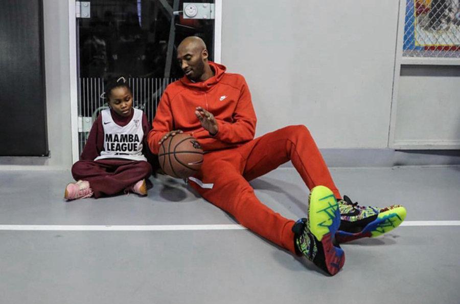 """Nike,Kobe 4 Protro,Wizenard,PE  全新实物图释出! Kobe 4 """"Wizenard"""" 海外先行发售!"""