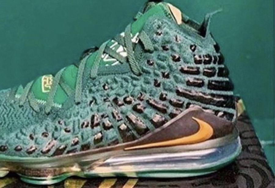 "LeBron 17,Nike 詹姆斯高中配色!LeBron 17 ""SVSM"" 实物曝光!这次会市售吗?"