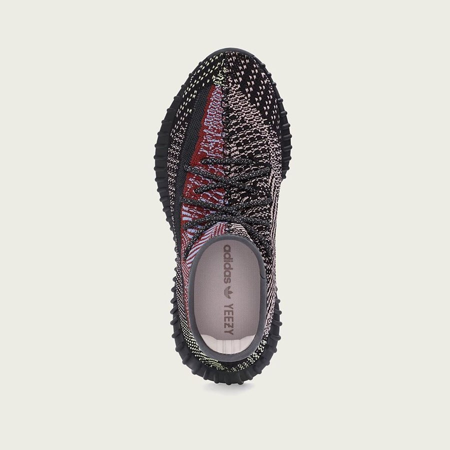 Yeezy 350 V2,发售,Yecheil 当黑红遇上 adidas!下月的 Yeezy 350 可能要真香了...