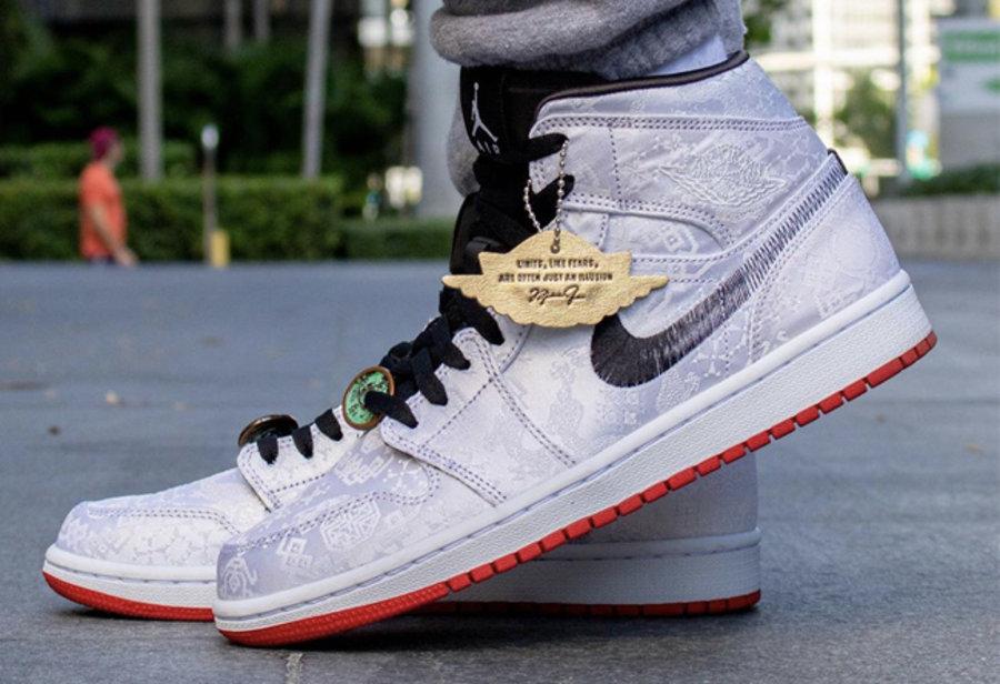 AJ1,Air Jordan 1 Mid,,发售,CU280  冠希亲晒刮开效果!白丝绸 AJ1 Mid 线下登记开启!周六发售!