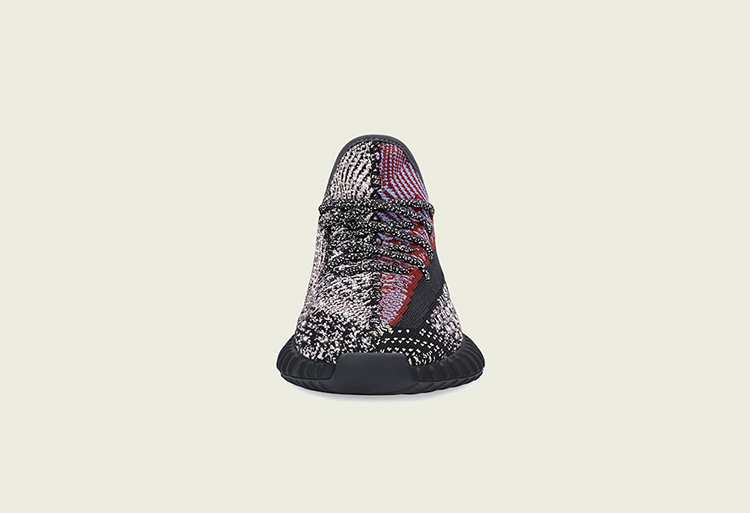 Yeezy Boost 350 V2,Yecheil,FW5 官图释出!黑红补丁 Yeezy Boost 350 V2 本月即将发售!