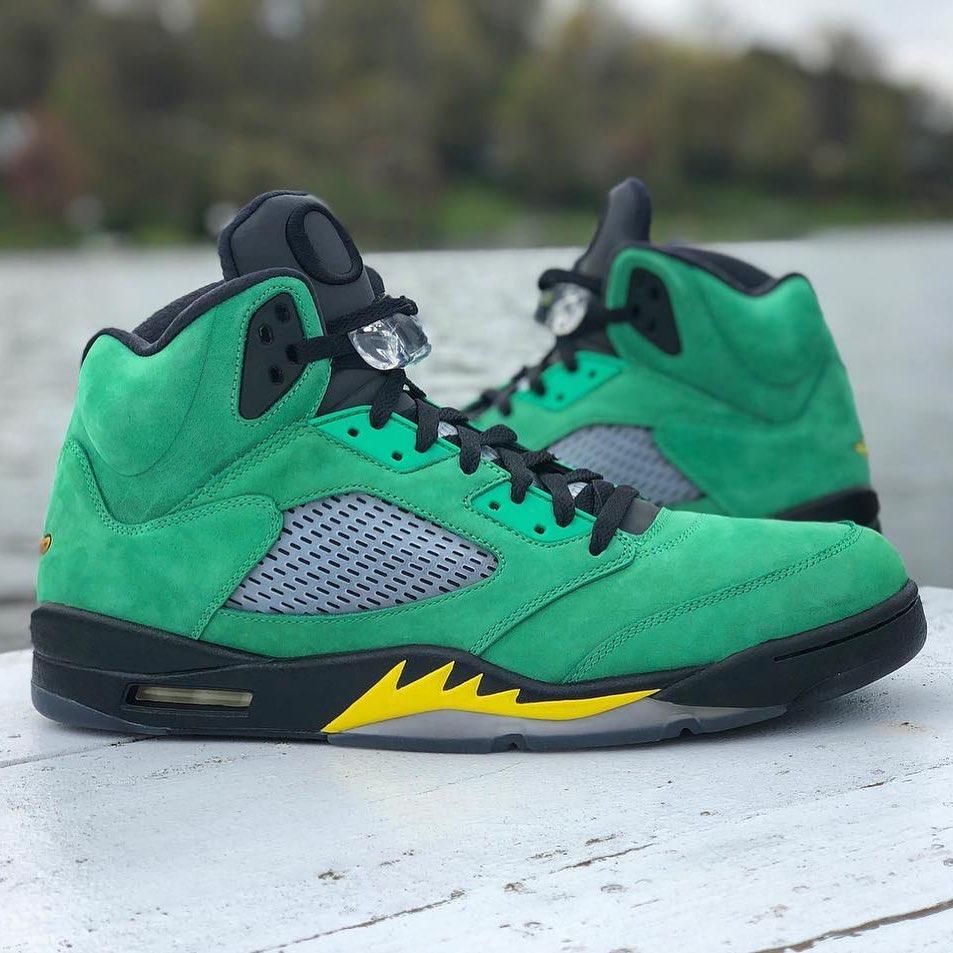 Air Jordan 5,AJ5, 神鞋中的稀有款,平均市价 6w+!俄勒冈 Air Jordan 5 可能明年登场!
