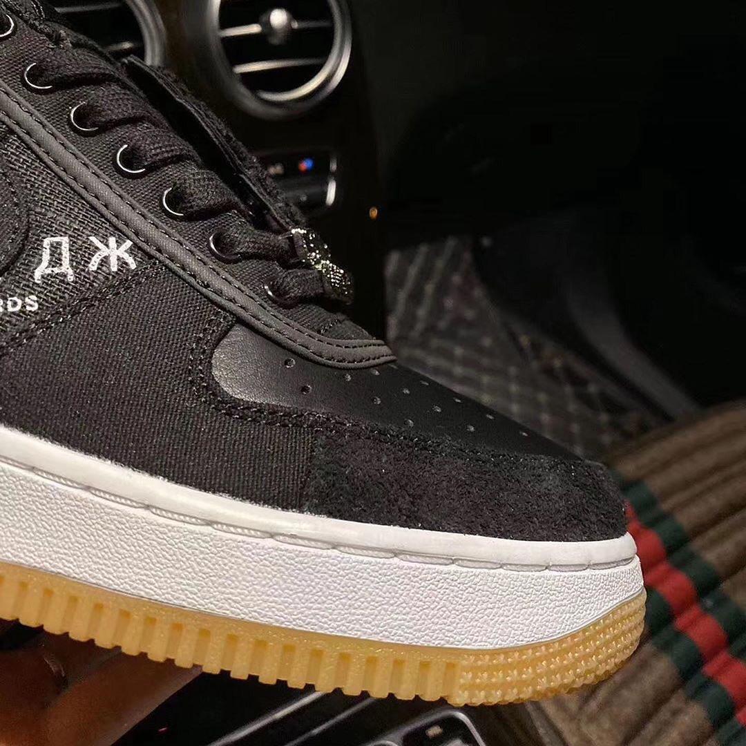 Travis Scott,Air Force 1,AF1,发  Travis Scott x Nike 再曝大招!这双 AF1 新品比黑丝绸还炸!