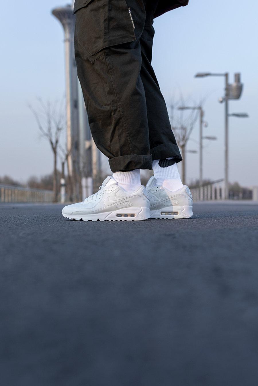 Nike,Air Max 90,NRG,CT2007-100 火了三十年!这双比 AJ11 还圈粉的经典球鞋,上脚一定不能脏!