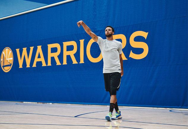 Curry,Under Armour,UA 有钱不一定能买到!这些「鲜为人知」的库里战靴,最后一个超感人